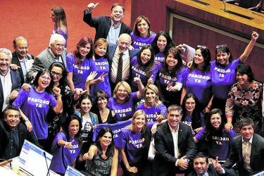 División RN en el Congreso permite aprobar fórmula de paridad de género