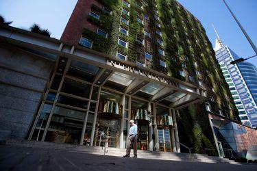 Fondo hotelero de LarrainVial pospone aumento de capital