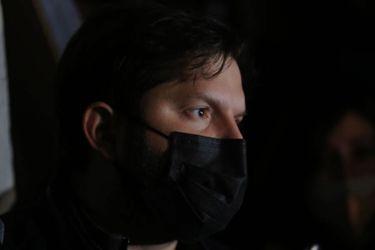 Otro coletazo de la visita de Boric: preso del estallido acusa a Gendarmería de forzarlo a recibir a diputado en Santiago I