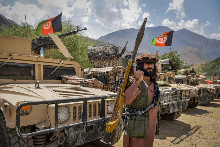 Oposición afgana busca reeditar la Alianza del Norte contra el régimen  talibán - La Tercera