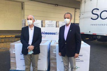 CMPC donó 336 mil mascarillas a la Cenabast y anuncia segunda máquina para fabricarlas