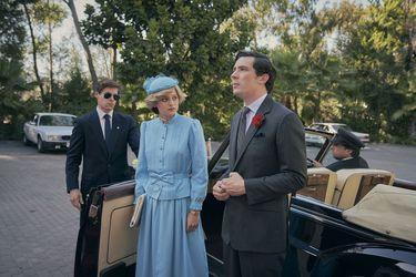 """Secretario de Cultura británico solicita que Netflix catalogue The Crown como """"ficción"""""""