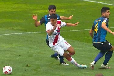 """""""El arbitraje en el fútbol chileno está igual de podrido que lo de los dobles contratos"""": el confuso penal cobrado que enfurece en Huachipato"""