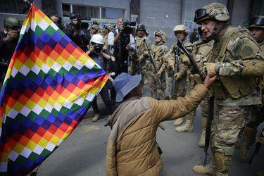 Protesta contra el Gobierno provisional de Bolivia, en La Paz
