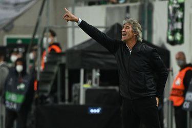 """Manuel Pellegrini: """"El plantel cada vez pone más difícil las decisiones, por el rendimiento de todos"""""""