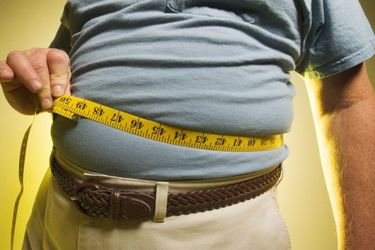Riesgo al intubar; dificultad para realizarse exámenes; peligro en el traslado en camilla: los costos de ser obeso y tener coronavirus