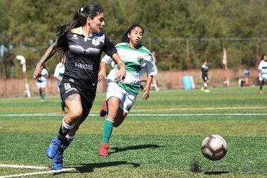 El amateur fútbol femenino profesional
