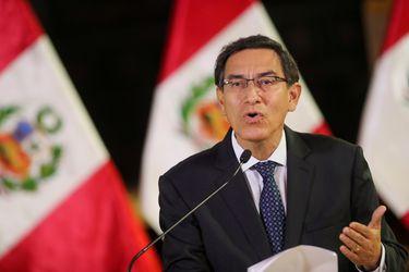 Vizcarra presenta defensa ante el Congreso en proceso de destitución
