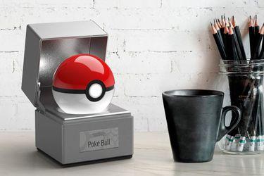 Pokémon: Anuncian increíble réplica oficial de la Pokébola