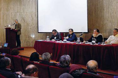 La velada crítica de Mario Aguilar a los profesores de Recoleta