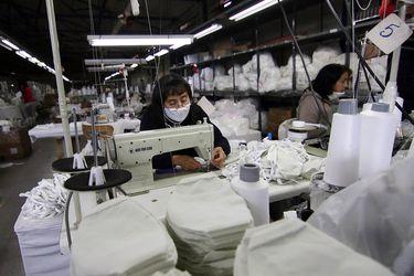 Mujeres han sido las más afectadas por la baja en la participación laboral debido a la pandemia