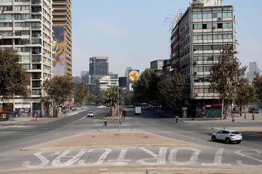 Antes y después: Cómo cambiaron las calles de Santiago tras la cuarentena decretada en siete comunas