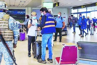 Protesta en aeropuerto de La Araucanía obliga a suspender vuelos