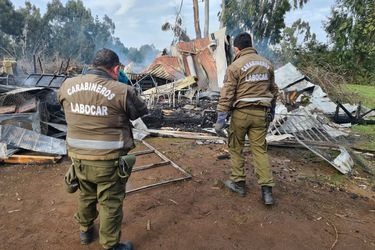 Indagan intencionalidad de incendio que consumió por completo escuela rural en La Araucanía