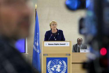 """Bachelet pide a EE.UU. """"medidas contundentes"""" tras muerte de ciudadano afroamericano en manos de policías de Minneapolis"""