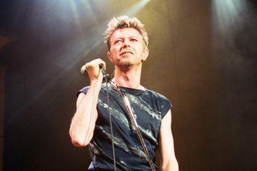 Escucha el disco inédito en vivo de David Bowie estrenado vía streaming