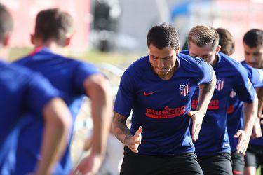 El Atlético de Madrid informa dos casos de coronavirus en la previa del viaje por la Champions