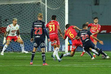 La dupla Henríquez-Larrivey marcó en seis de los últimos ocho partidos de la U