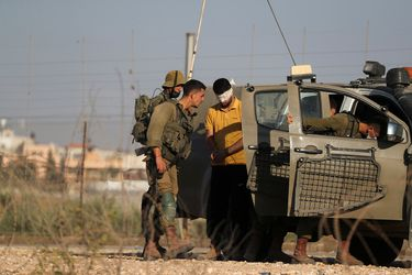 Israel ataca el sur de Gaza tras nuevo lanzamiento de globos incendiarios a su territorio
