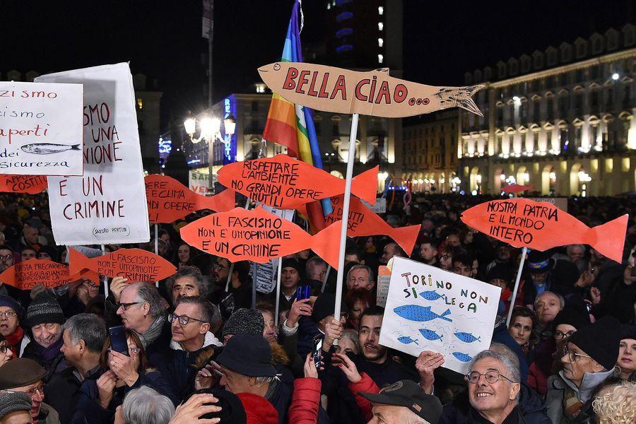 Anti-populist protest Sardines gather in Turin