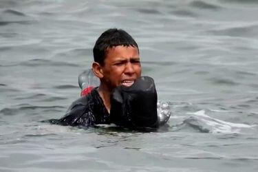 Ceuta   Niños y adolescentes siguen llegando a nado a la frontera entre España y Marruecos.