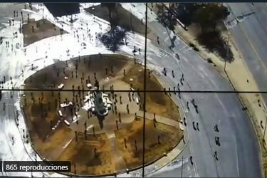 Carabineros reporta manifestación e interrupción del tránsito vehícular en el sector de Plaza Baquedano