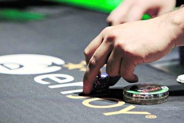 La acelerada carrera de los hermanos Fischer para transformarse en los zares de los juegos de azar