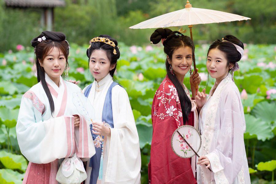 hanfu de cuatro dinastías Jin,Ming,Tang,Song