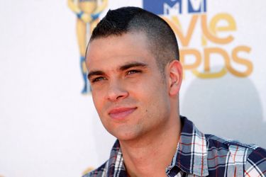 FILE PHOTO: Actor Salling arrives at the 2010 MTV Movie Awards in Los Angeles