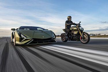 Llega a Chile exclusiva moto creada entre Ducati y Lamborghini