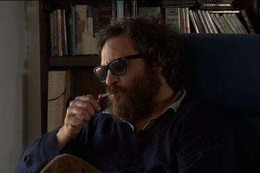 """St. Vincent, Joaquin Phoenix y Taika Waititi: el boom los """"documentales falsos"""""""