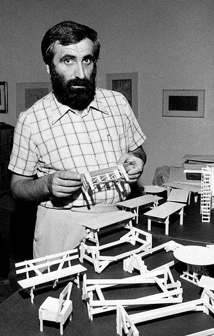 Enzo Mari y el diseño: pensando la forma - La Tercera
