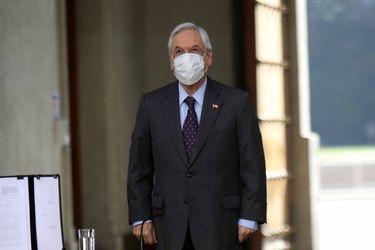 Piñera anuncia promulgación de ley que limita la reelección de autoridades y gobierno desecha veto que beneficiaría a alcaldes