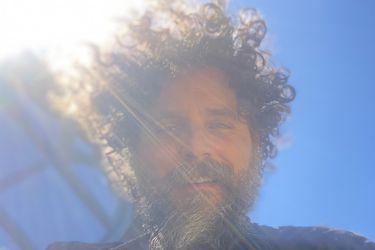 Cristóbal Tapia: la nueva aventura del compositor chileno de la TV global