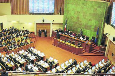 FRVS buscará convocar una sesión especial de la Cámara para analizar la posibilidad de adelantar las elecciones presidenciales y parlamentarias