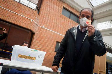 Rodrigo Díaz se impone frente a Flor Weisse (UDI): Jadue, Provoste y Narváez apoyaron al independiente ex DC