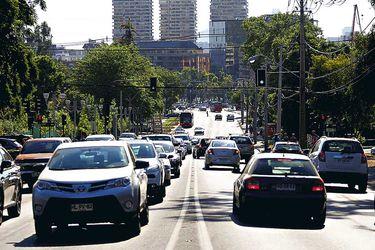 Vehiculos-circulan-por-Camino-El-Alb-(40624645)