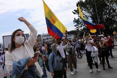 UE saluda llamado al diálogo en Colombia pero pide que se respeten las protestas sociales