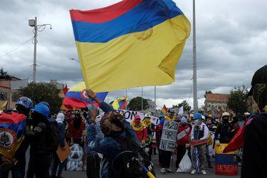 Nueva jornada de manifestaciones en Colombia deja 50 heridos y 70 detenidos