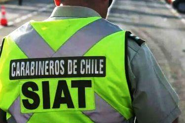 Choque entre vehículo y bus deja dos muertos en Puente Alto
