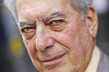 """Balotaje en Perú: Mario Vargas Llosa llama a votar por Keiko Fujimori porque """"representa el mal menor"""""""