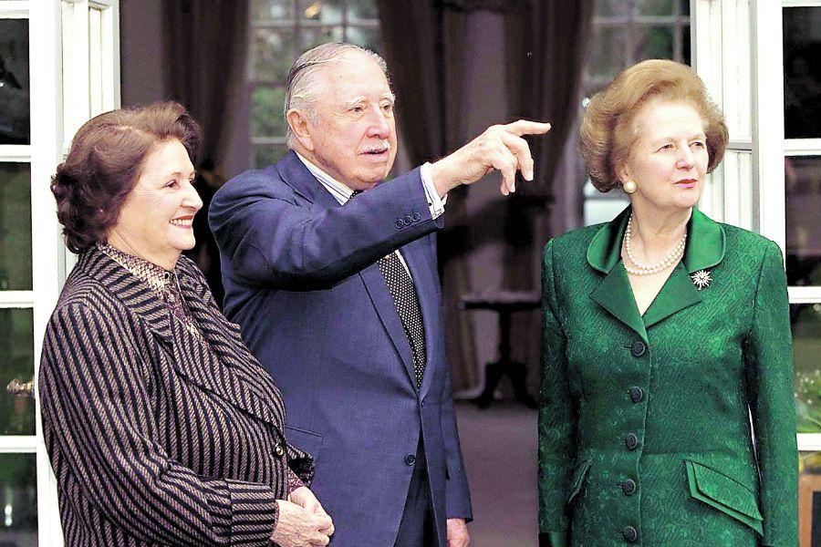 Imagen POLITICS Thatcher_Pin (23856739)