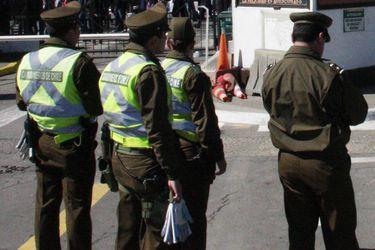 El choque de versiones de los carabineros sospechosos de herir a Fabiola Campillai