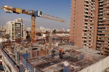 Construcción: entrada de nuevas obras se desaceleró en marzo y vuelve al nivel de los meses más duros de la pandemia