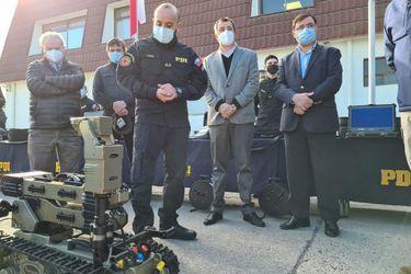 Gobierno Regional Metropolitano entrega a la PDI moderno equipamiento robótico para la detección de explosivos y armas químicas