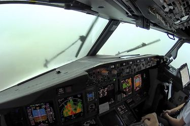 000-Avion