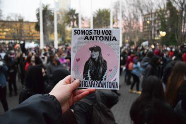 #JusticiaParaAntonia: presentan proyecto de ley que busca ampliar el plazo de prescripción del abuso sexual