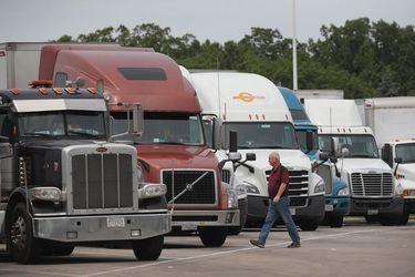 E-commerce y alza del cobre impulsan ventas de vehículos comerciales y camiones