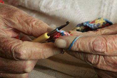 Adultos mayores en Chile: ¿es la edad el factor de más vulnerabilidad en la pandemia por coronavirus?