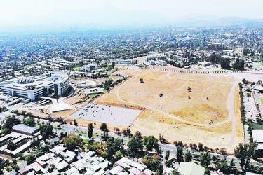 Sitios eriazos: la cruzada para que los organismos públicos traspasen terrenos al Fisco